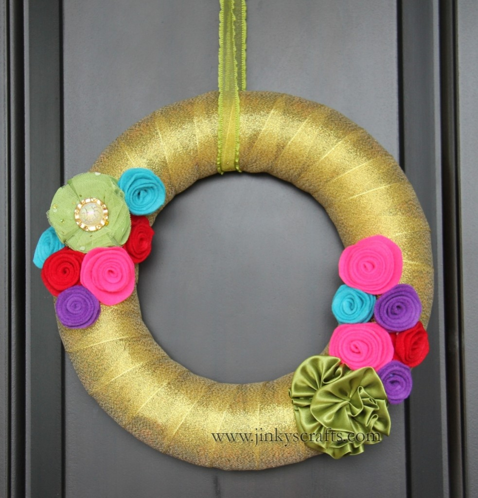 Christmas Felt Rosette Wreath