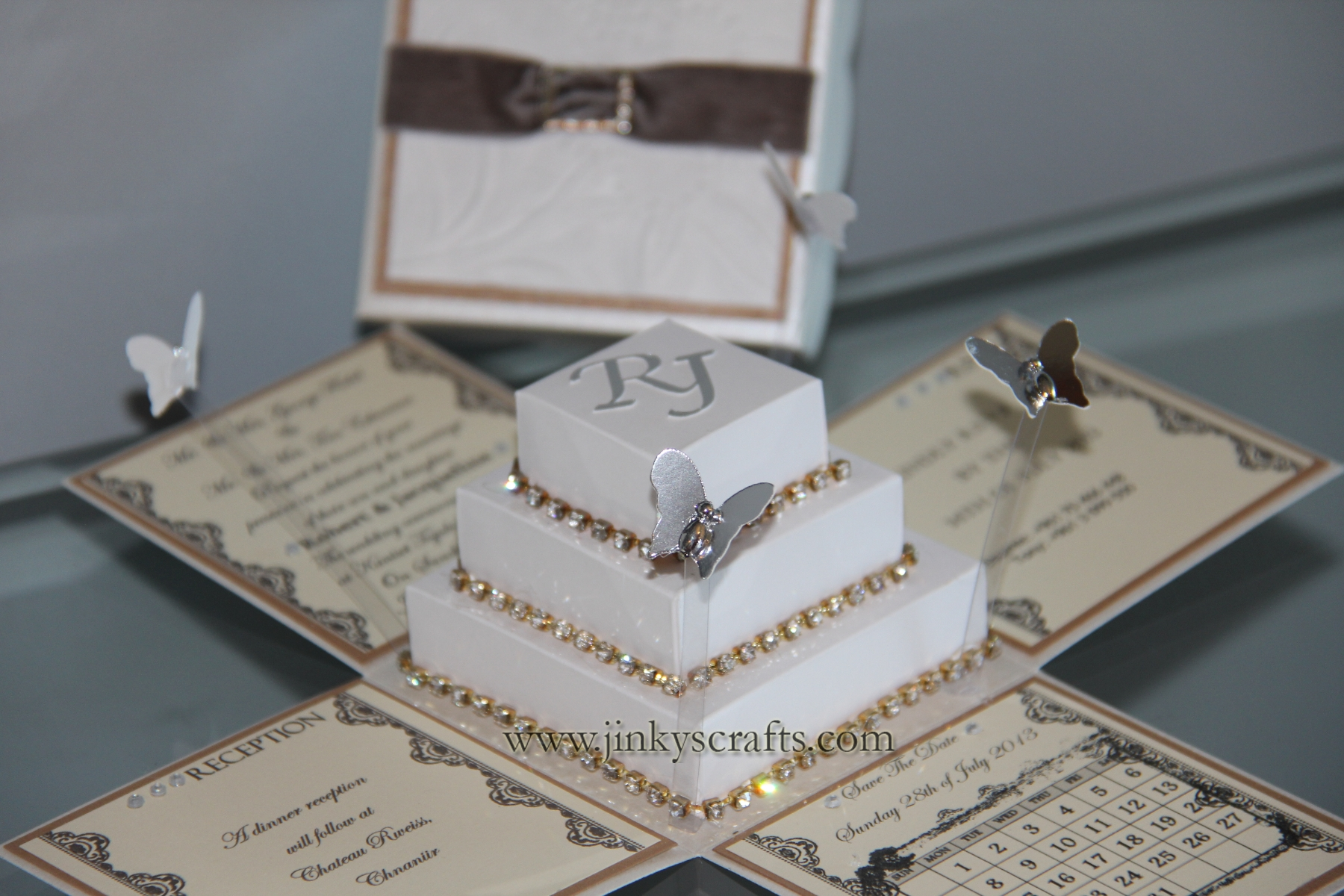 Modern Pop-Up Wedding Invitation - Explosion Box